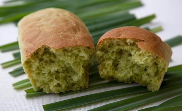 Pão De Capim Santo